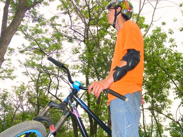 Фото к статье: Апокалипсис             DJ, 21.05.2011