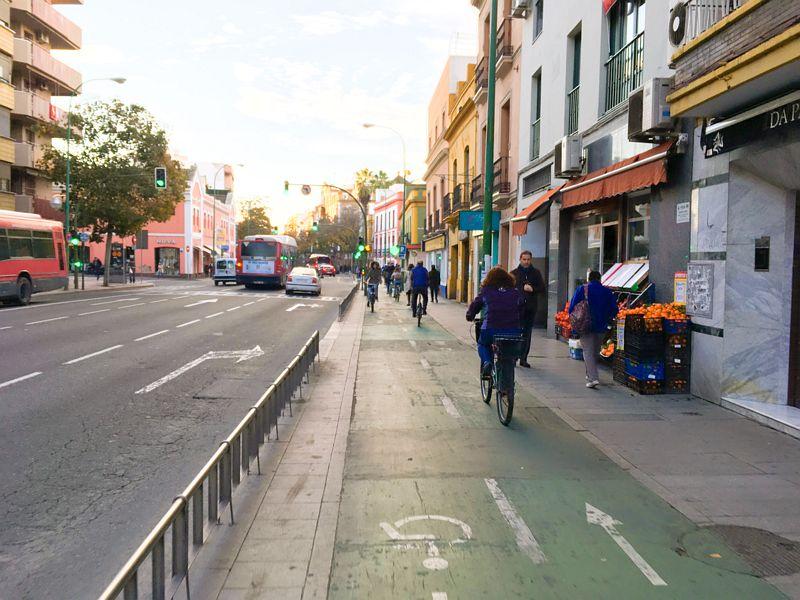 Фото к             статье: Велосипедная инфраструктура Севильи: успехи и планы на             будущее